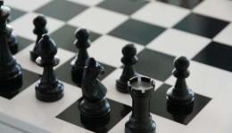 Spielen Sie diese 3 Brettspiel Klassiker online